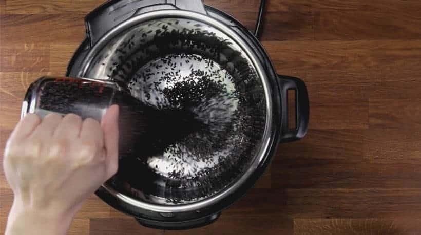 Instant Pot Black Rice (Instant Pot Forbidden Rice): faites cuire le riz noir dans l'autocuiseur électrique Instant Pot