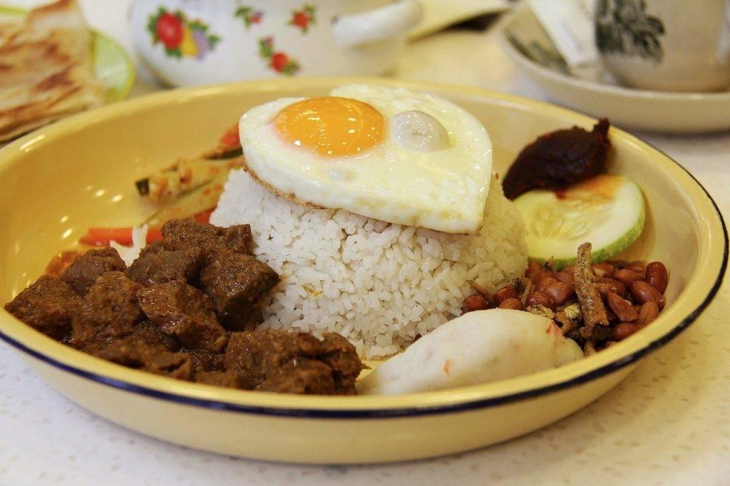 cuisine asiatique, boeuf, rendang
