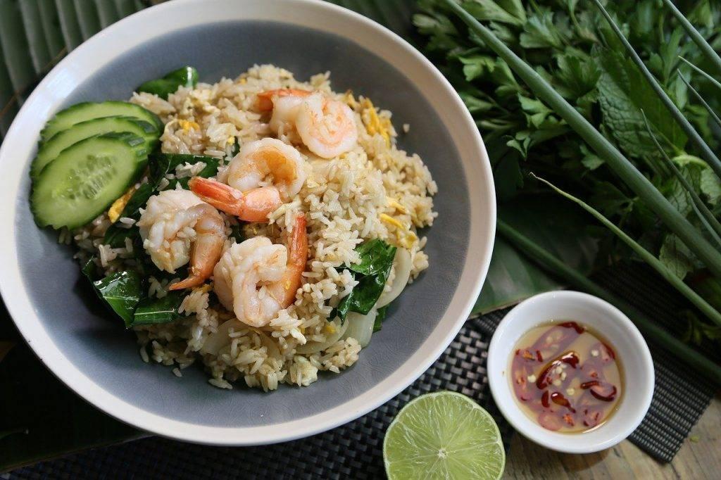 riz frit thaï, crevettes riz frit, cuisine thaïlandaise