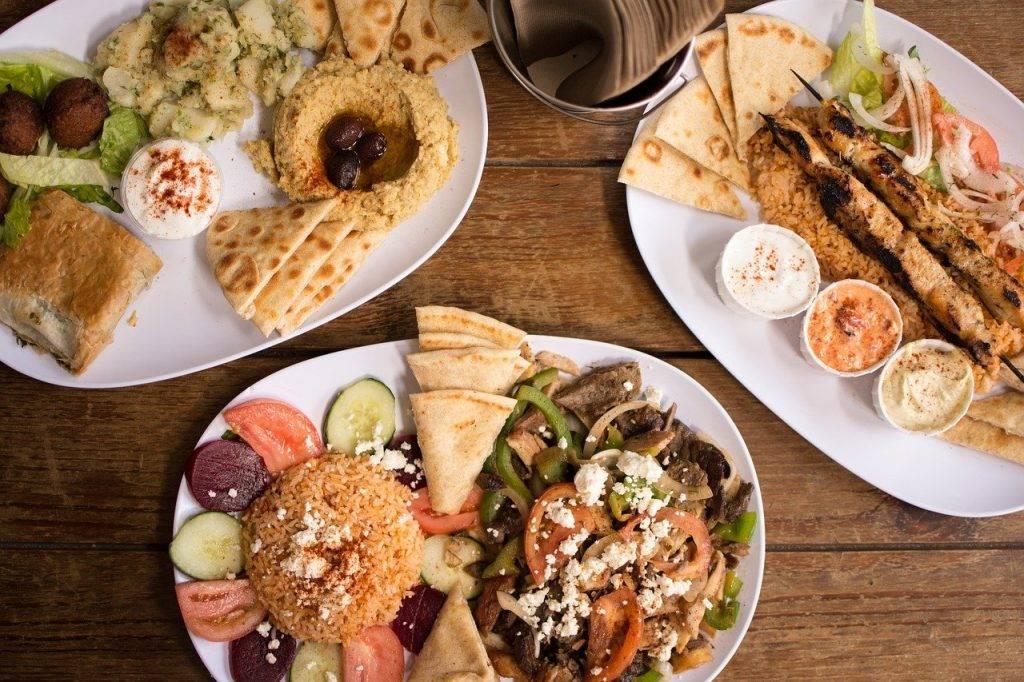 grecque authentique, nourriture grecque, houmous