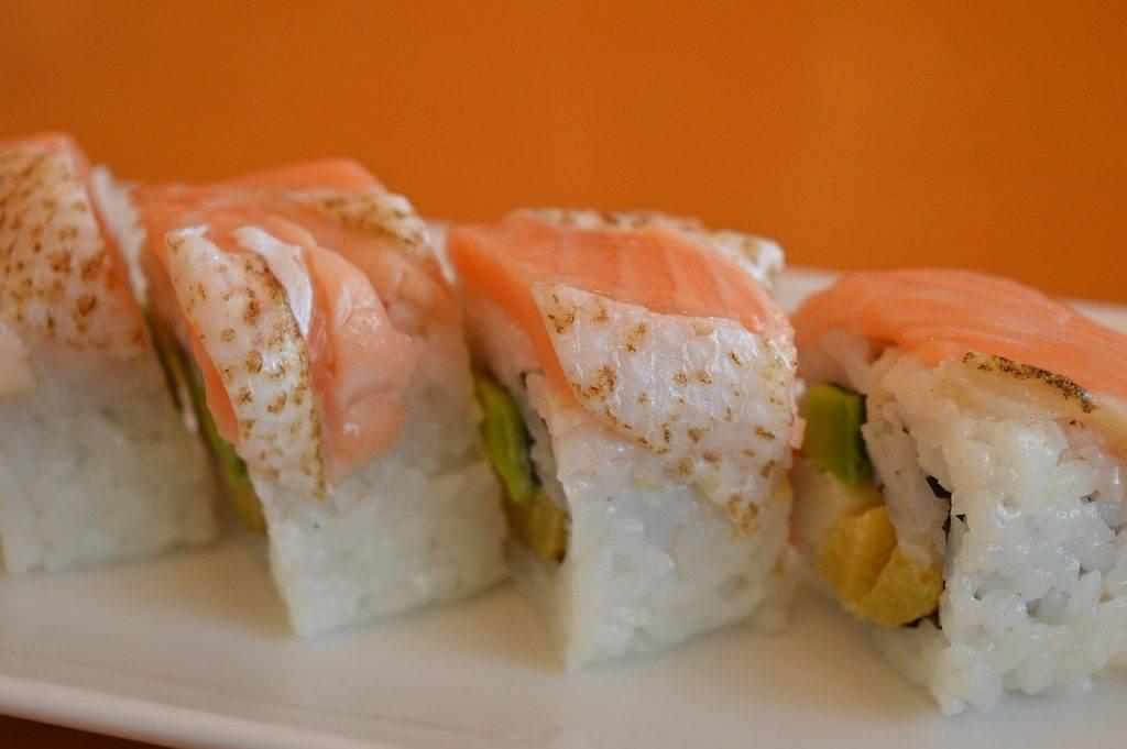 sushi, saumon, fruits de mer